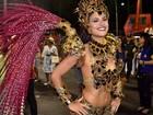 Rainha de bateria da Santa Cruz perde 11 quilos para desfile: 'Me matei'
