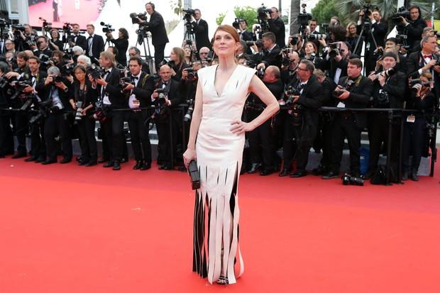 Julianne Moore na première do filme Jogo do Dinheiro, no Festival de Cannes (Foto: AFP)