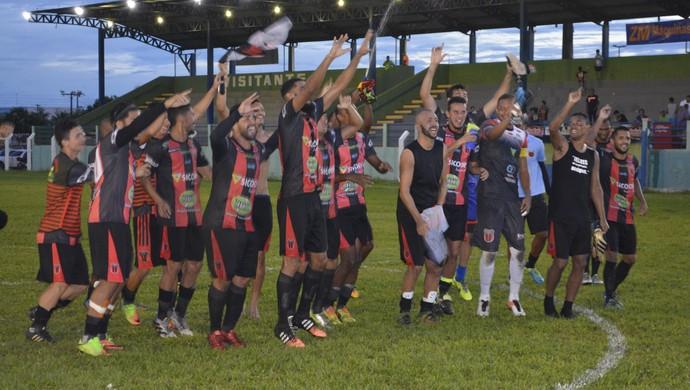 Real Ariquemes comemora  vitória e liderança (Foto: Jeferson Guedes)