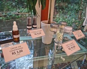 Veja os preços dos novos cosméticos (Foto: Mais Você / TV Globo)