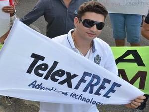 Compisitor Beto Caju também defende legalidade da TelexFree (Foto: Fredson Navarro / G1)