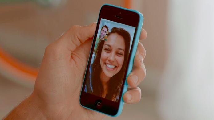 Facetime no iPhone 5C (Foto: Reprodução/Apple)