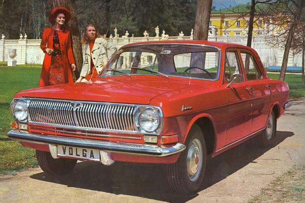 Com porte de Opala e espaço para seis camaradas, o Volga foi feito até 1992 (Foto: Divulgação)