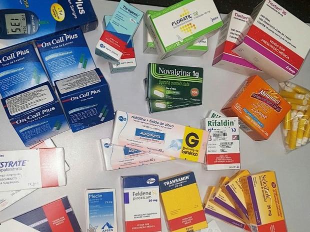 Polícia encontrou medicamentos, alguns deles de uso controlado, no carro do funcionário do hospital (Foto: Assessoria/Polícia Civil de MT)