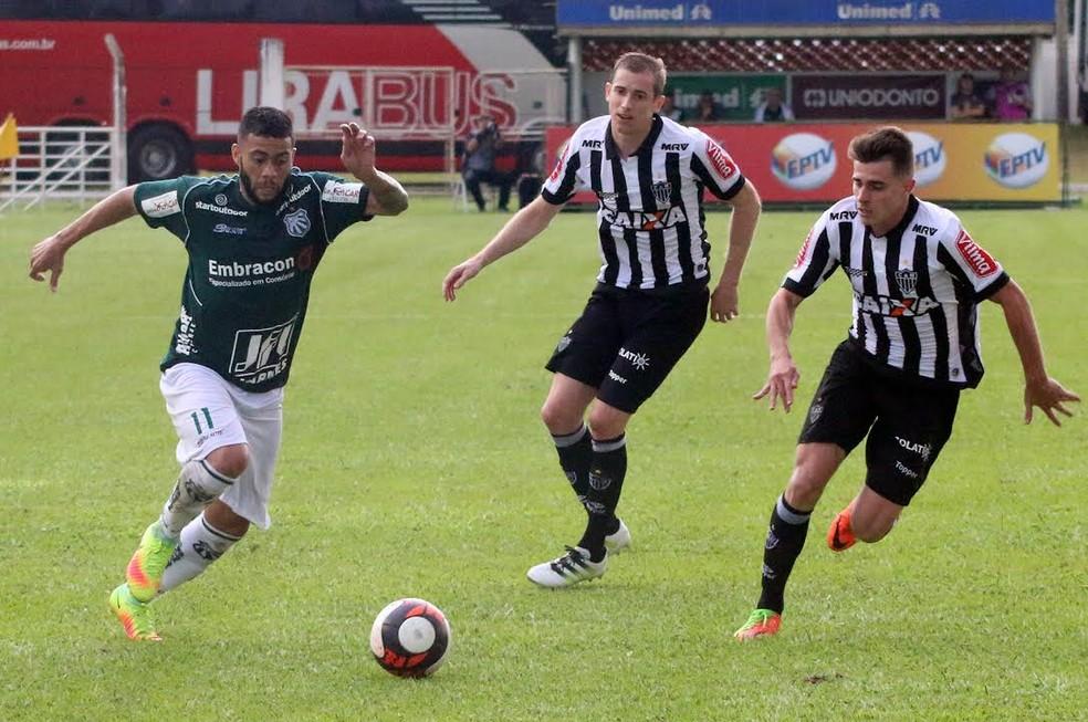 Wellington Rato tem quatro gols marcados na temporada pela Caldense (Foto: Luciano Santos/Jornal Mantiqueira)