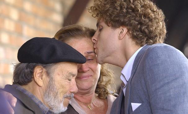 Stênio participou dos primeiros capítulos da trama (Foto: TV Globo / Zé Paulo Cardeal)