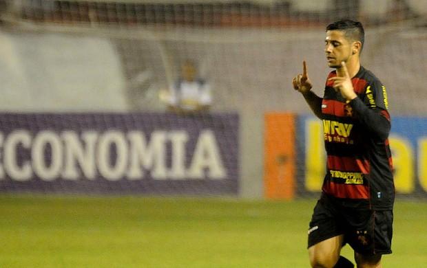 cicinho sport (Foto: Aldo Carneiro / Pernambuco Press)