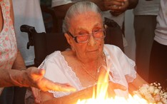 Café da manhã em comemoração dos 105 anos de Dona Canô, na Bahia (Foto: Edgar de Souza / AgNews)