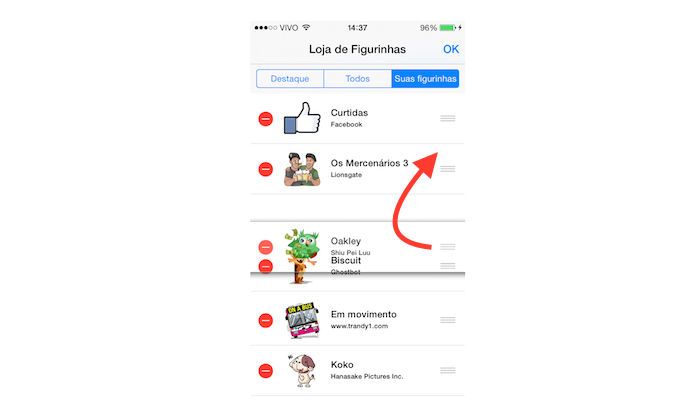 Alterando a ordem de apresentação de um pacote de figurinha no chat do Facebook Messenger no iOS (Foto: Reprodução/Marvin Costa)