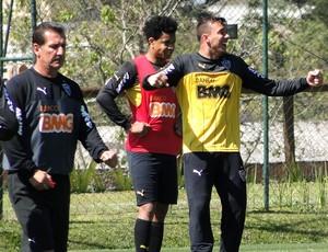 Pedro Botelho no treino do Atlético-MG (Foto: Leonardo Simonini)