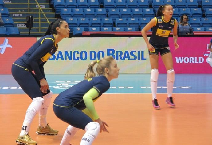 Gabi Jaqueline Camila Brait Vôlei Brasil (Foto: Fabio Leme)