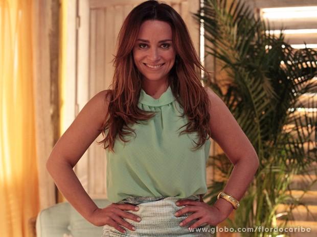 Suzana Pires mostra madeixas mais claras (Foto: Flor do Caribe/TV Globo)