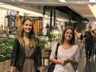 Thaís Fersoza e Yasmin Brunet curtem tarde no shopping