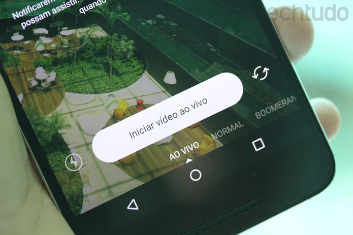 Botão para iniciar a transmissão ao vivo tem contagem regressiva no aplicativo (Foto: Melissa Cruz / TechTudo)