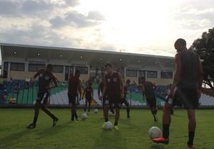 Cori-Sabbá treino (Foto: Abdias Bideh/GloboEsporte.com)