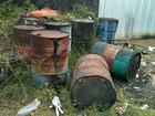 Batalhão Ambiental apreende toneis com óleo piche em Manaus