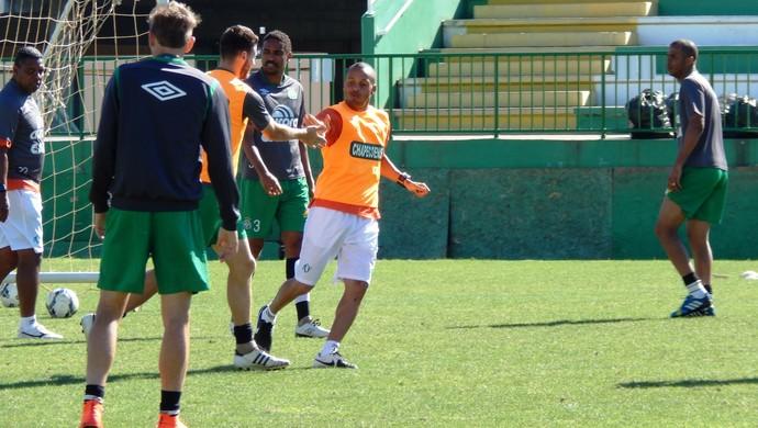 Treino Chapecoense (Foto: Laion Espíndula)