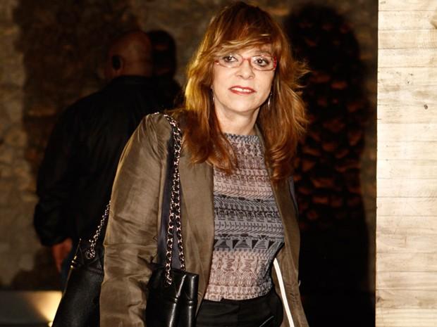 A autora Gloria Perez chega para confraternização (Foto: Salve Jorge/TV Globo)