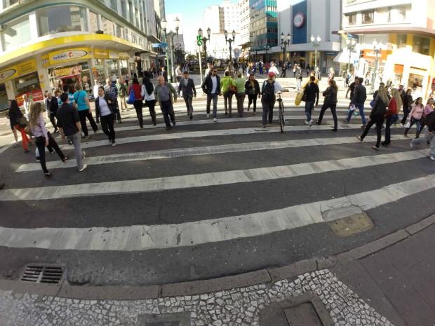 No Paraná, quatro mil pedestres são atropelados por ano no estado (Foto: Divulgação/Detran)