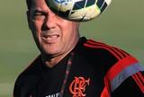 Contra o Fluminense, Luxa tem nova barreira a ser quebrada pelo Flamengo