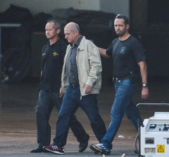 O ex-ministro Paulo Bernardo, preso em Brasília, é transferido para São Paulo (Foto: José Cruz/Agência Brasil)