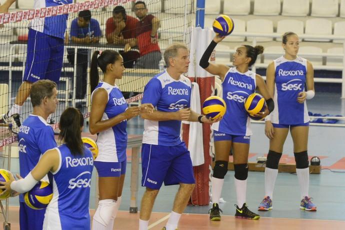 Treino Rio de Janeiro Superliga feminina Manaus (Foto: Antônio Lima/Sejel)