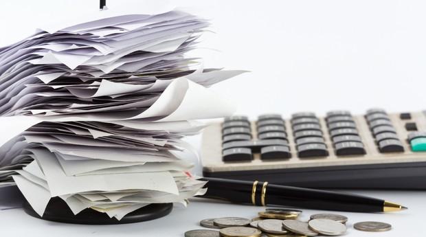 nota_fiscal_calculadora_contas (Foto: shutterstock)
