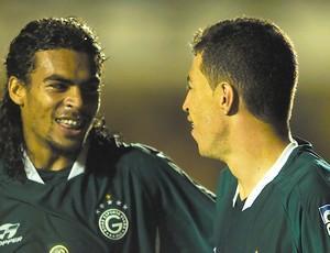 Araújo e Dimba na época do Goiás (Foto: Weimer Carvalho / O Popular)