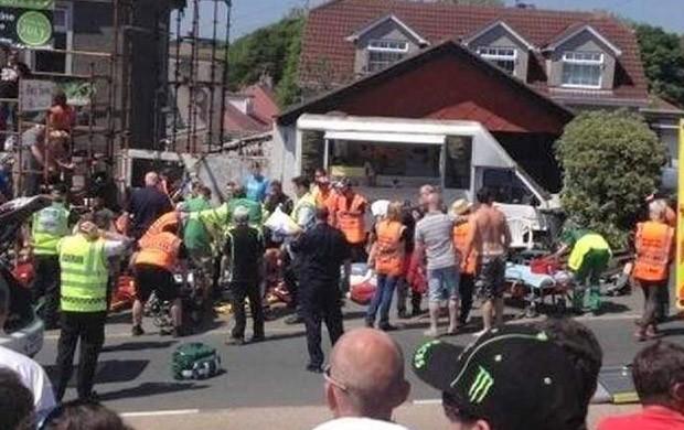 Isle of Man acidente frame (Foto: Reprodução)