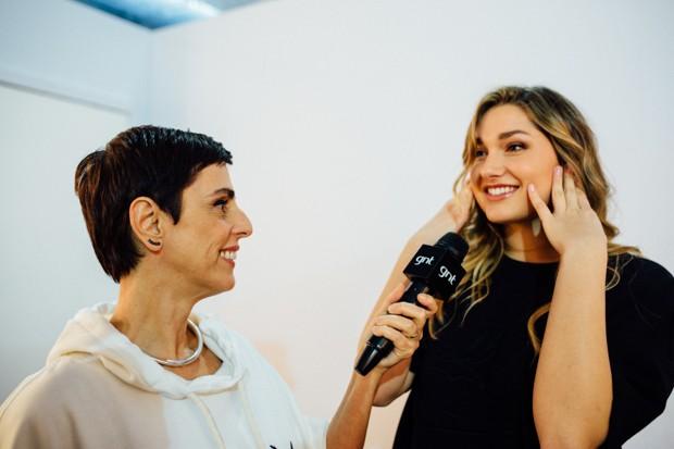 Sasha conversa com Lilian Pacce no SPFW N42 (Foto: Elisa Mendes)