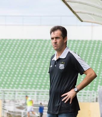 Léo Condé técnico Bragantino (Foto: Rafinha Oliveira/Funvic Taubaté)