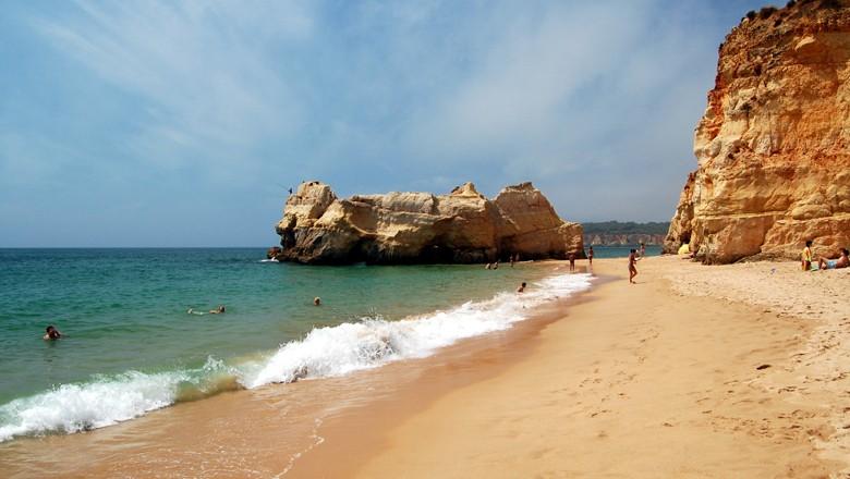 praia (Foto: Wikimedia Commons)