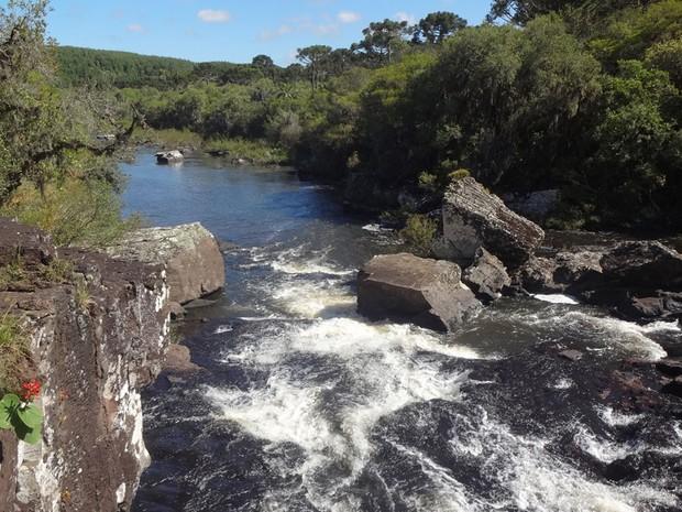 Cachoeira Nossa Terra (Foto: Maria Maurente/RBS TV)