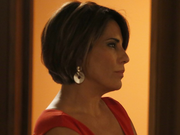 Brincos pratas de Beatriz fazem sucesso (Foto: TV Globo)