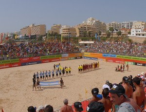 Mundialito de futebol de areia Portim&#227;o Portugal  (Foto: Divulga&#231;&#227;o/BSWW)