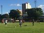 João Victor treina com bola e Josué comanda treino sem três jogadores