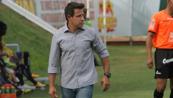 Ramon Menezes, técnico demitido do Anápolis  (Foto: Divulgação/Anápolis)