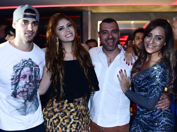 Ex-BBBs Rodrigo, Amanda, Vagner e Leticia em festa em São Paulo (Foto: Leo Franco/ Ag. News)