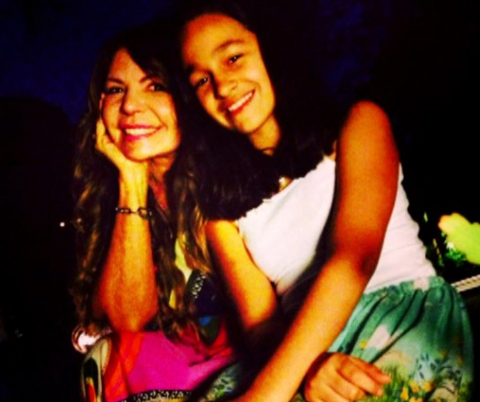 Elba Ramalho e Maria Paula posam juntas (Foto: Vídeo Show / Gshow)