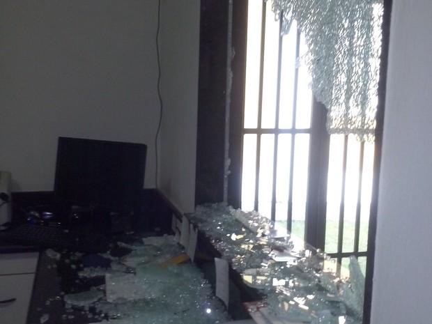 Secretária da Igreja Santo Antônio em Araxá disse que prejuízo com estragos é grande (Foto: Igreja Santo Antônio/Divulgação)