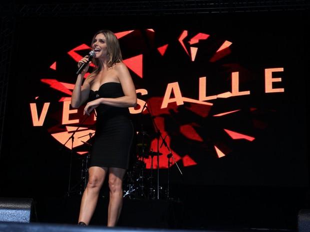 Fernanda Lima apresenta show no Rio (Foto: Alex Palarea/ Ag. News)