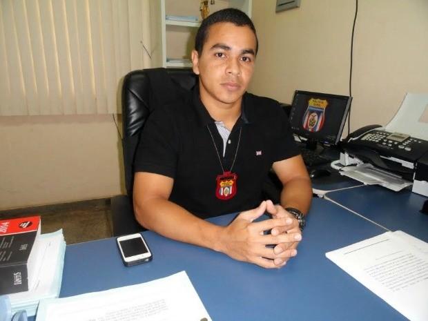 Delegado Thyago Gargez caiu no rio durante confronto, segundo SSP-AM (Foto: Divulgação)