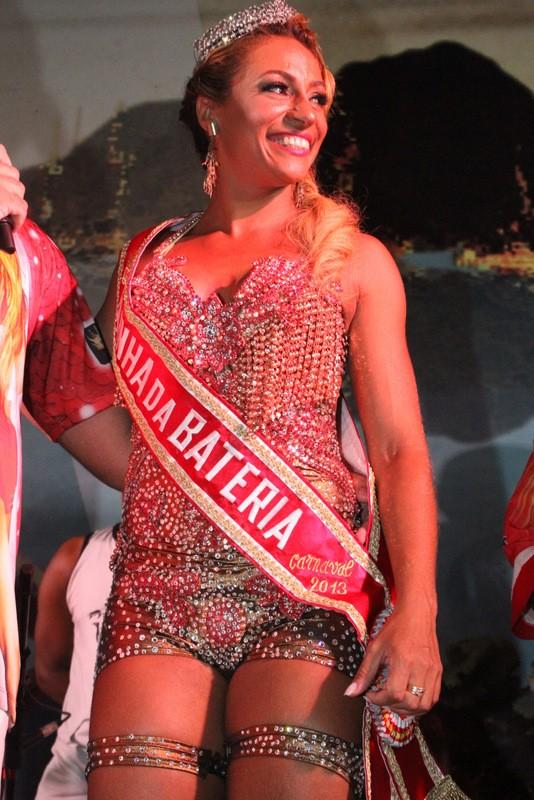 Alessandra Mattos em coroação da Porta da Pedra (Foto: Divulgação)