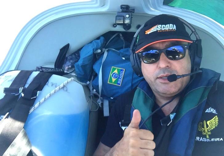 César Gontijo piloto