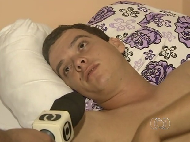 Wanderson Alves diz que foi usado como escudo por criminosos durante explosão de bancos, em Goiás (Foto: Reprodução/TV Anhanguera)