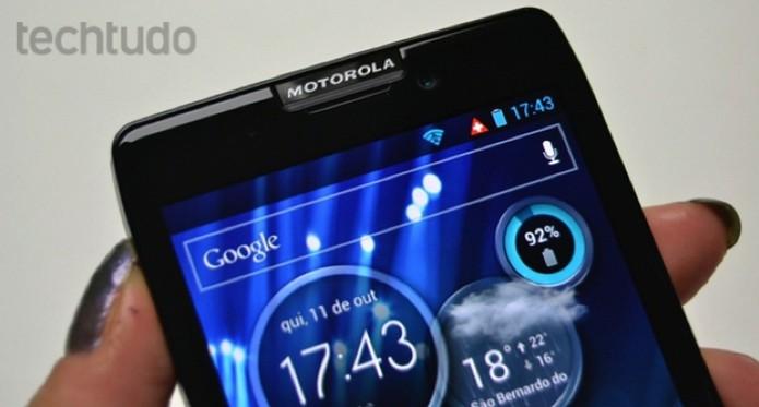 Destaque para a tela do Motorola Razr HD (Foto: Stella Dauer/TechTudo)