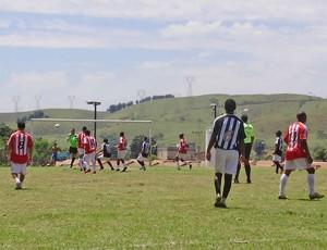 Juventus e PSV em campo no ano passado (Foto: Divulgação/Prefeitura de Itatiaia)