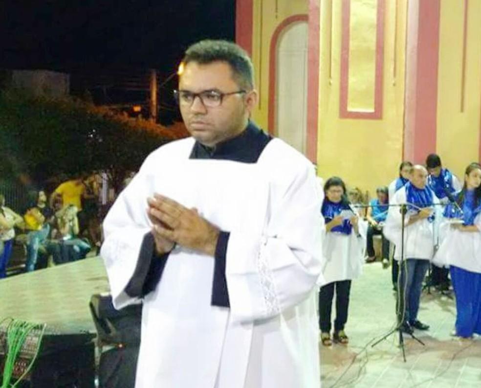 Raphael Gonçalves, que atuava como conselheiro tutelar, também participava ativamente da Paróquia Nossa Senhora da Conceição, em Alexandria (Foto: Arquivo Pessoal)