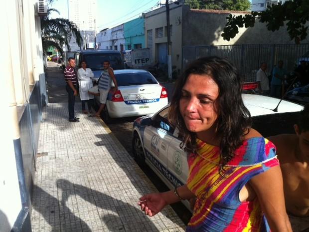 Josenilde Lopes de Mendonça encontrada pela PM (Foto: Anderson Barbosa/G1)