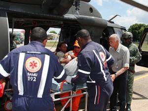 Resgate dos passageiros foi realizado na manhã desta sexta-feira (30) pela FAB  (Foto: Divulgação/FAB)